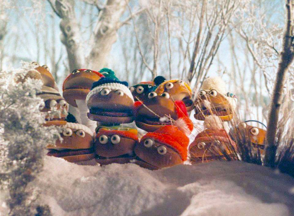 no_snow_hamburger_puppets_2