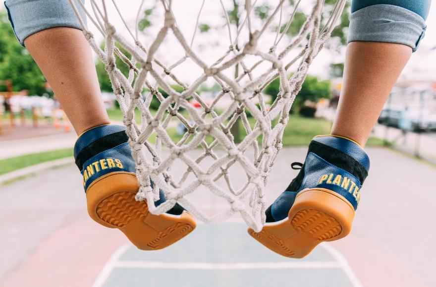 Crunch Force 1s_basketball hoop