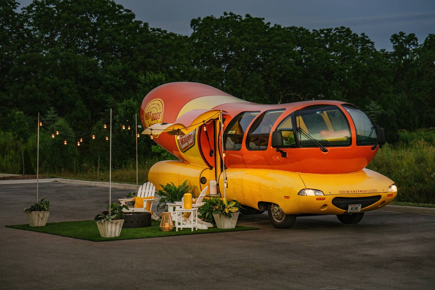 wienermobile_airbnb