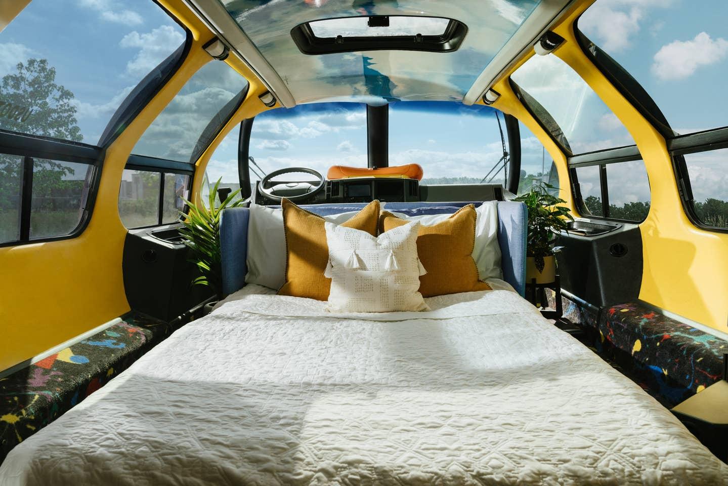 wienermobile_airbnb_3