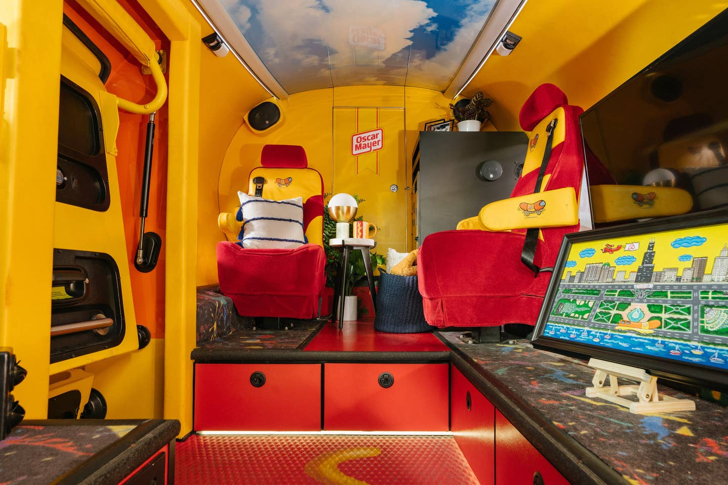 wienermobile_airbnb_5