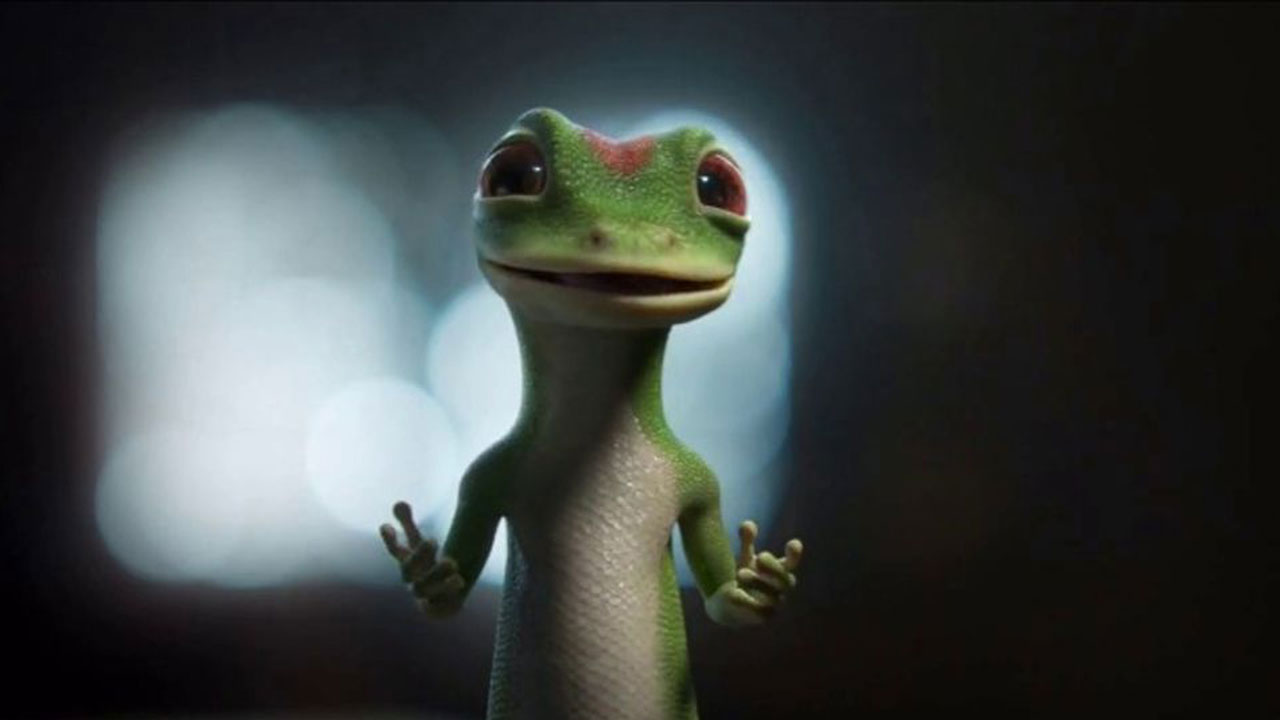 The Geico Gecko Explores A Spooky Attic Here S What Happens Popicon Life